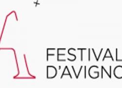 Une délégation de la commission culture au Festival d'Avignon